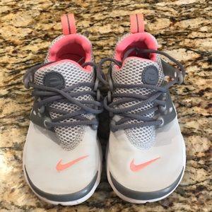Soooo cute girls Nike's!